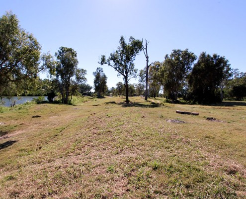 Calliope-River-Camping